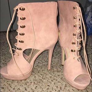 Size 8.5 high heels